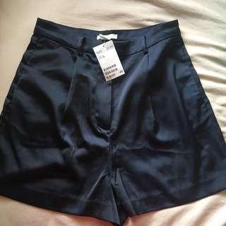 H&M silk shorts