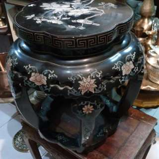 Side table nyonya antik