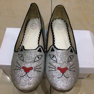 Cat silver shoes