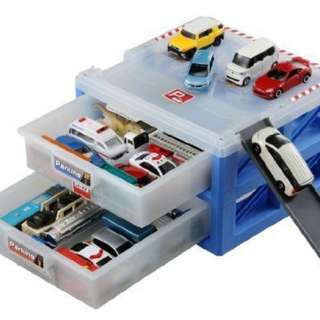 Tomica Parking (cars not included)