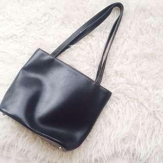 Kate Spade Black Leather Bucket Bag