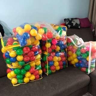 Plastic Coloured Balls