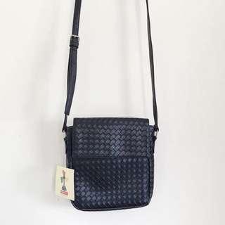 Bench Small Black Bag