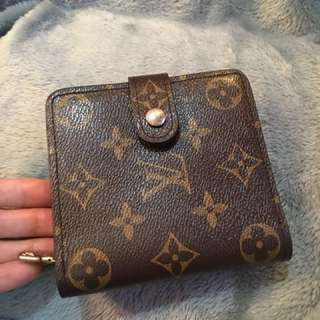 Louis Vuitton wallet authentic code MI0998