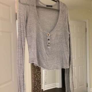 Brandy Melville quarter button Long Sleeve