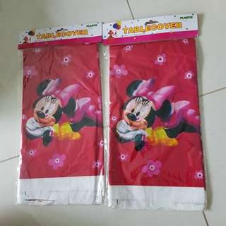 Minnie Mouse disposable table cloth x2