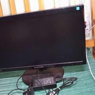 Samsung電腦Mon