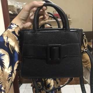 Mini sling bag black bow