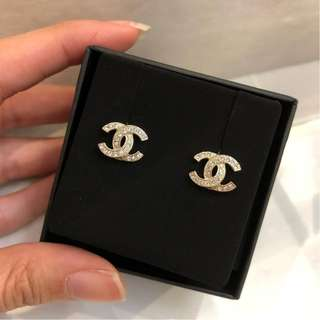 Brand New Chanel Classic Earring GHW