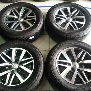 Velg original new fortuner r18+ban 265-60