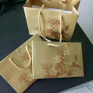 3 gold CNY Orange carrier
