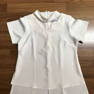 Chic simple white blouse