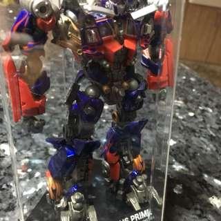 Optimus Price collectible