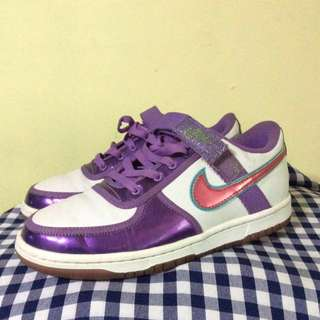 NIKE SHOES (SIZE 38)