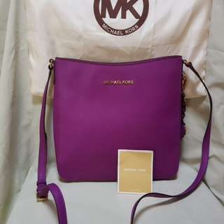 Michael Kors Jet Set Large Crossbody Bag
