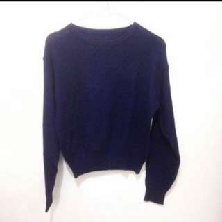 Rajut navy crop