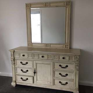 Vintage style cupboard with mirror