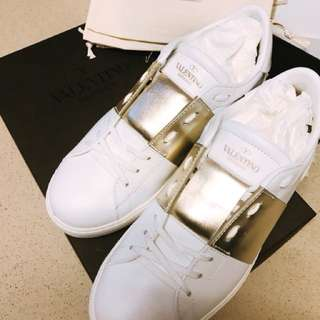 Valentino sneakers size 39.5