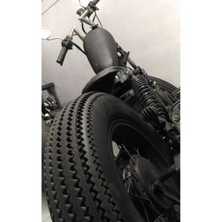 CUSTOM BUILD cafe racer scrambler brat scrambler bobber tracker