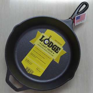 NEW - Lodge Cast Iron 26cm / 10.25inch Skillet / Frying Pan - Made in USA