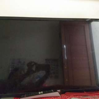 Tv sharp LED