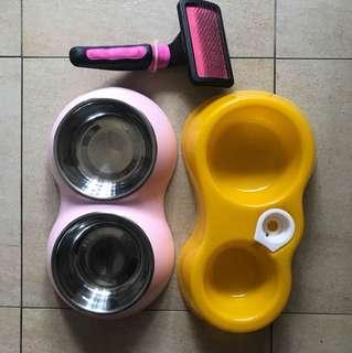 Pet food bowl and brush
