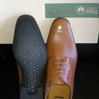 Clarks brown leather shoes, easy walk sole