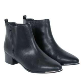 Decjuba Ankle Boots
