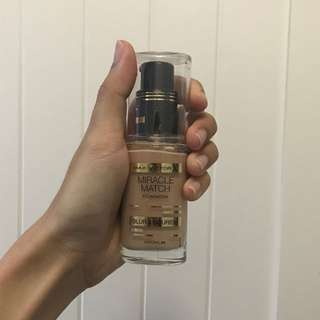 MAX FACTOR MIRACLE MATCH FOUNDATION #50 Natural