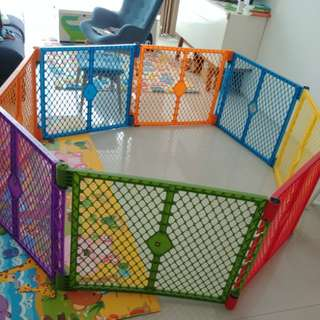 Baby Playpen - colorful 8 panels