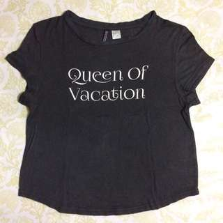 H&M Queen of Vacation Shirt