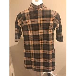 Brown 3/4 sleeve plaid mini dress
