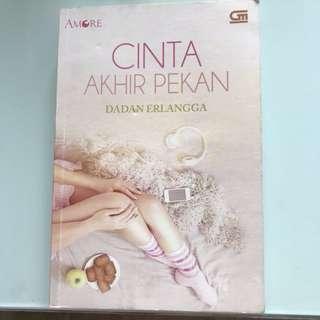 Novel Cinta Akhir Pekan