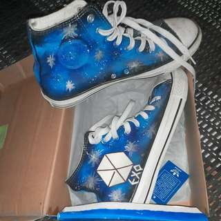 [Open for Swap]EXO GALAXY GLOW IN DARK CONVERSE