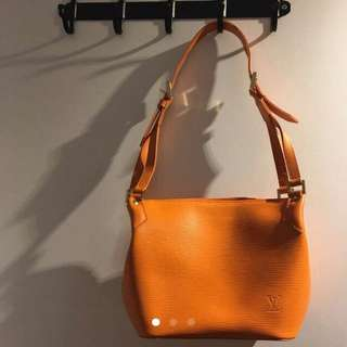Louis Vuitton Epi Leather Handbag
