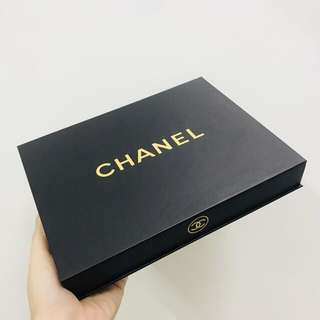 Chanel Make-up Gift Set