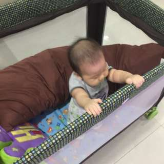 Standard sized baby travel cot