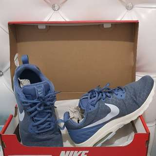 Nike Air Woman Shoes size 40.5