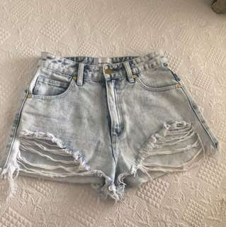 High waisted denim shorts from live