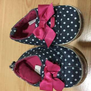 Soft sole shoes