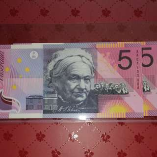 Australia 2001 $5 AA Commerative 2 runs