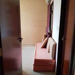 Master room 2 mins to Tiong Bahru station