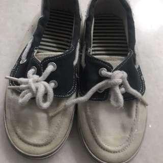 Preloved sepatu mothercare uk 26.5