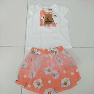 Baby girl shirt and skirt