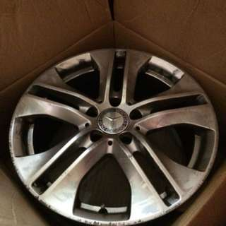 Mercedes Benz Original Rim 17