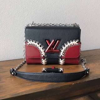 Louis Vuitton LV twist shoulder bag