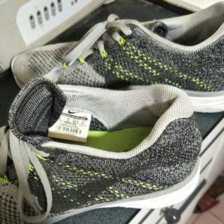 知名品牌 運動鞋 US9