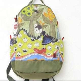 😍😍🈹️🈹️$2300日本🐷牌Olleborebla 背包