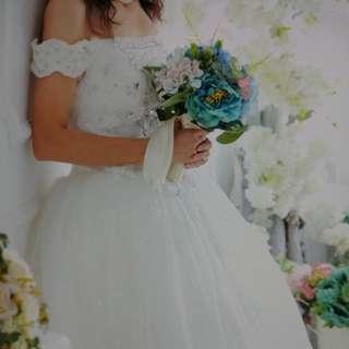 二手婚紗,只係pre wedding著過