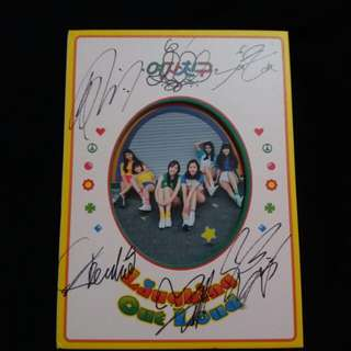 GFriend 1st Album LOL signed